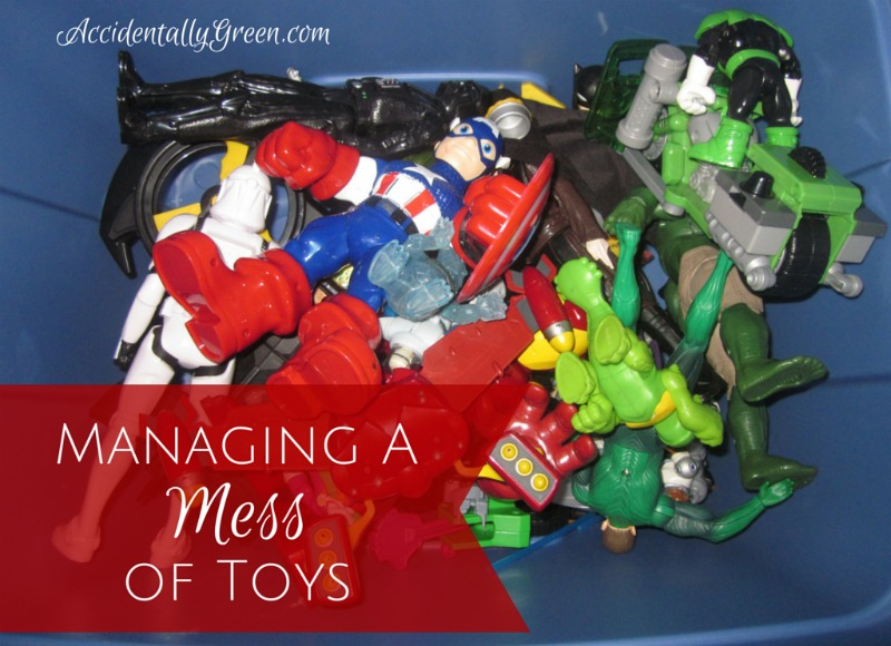Managing a Mess of Toys {AccidentallyGreen.com}