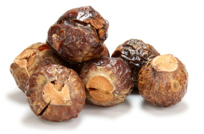 Using Soap Nuts  {AccidentallyGreen.com}